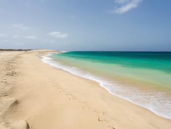 CABO VERDE- Estancias en Isla de Sal -Hoteles cadena OASIS- TAP desde Madrid